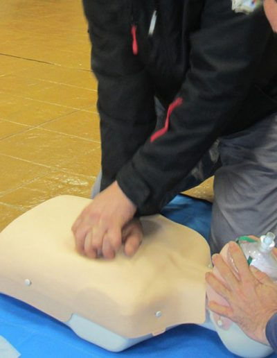 Primeros auxilios y RCP adultos